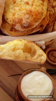 Lepinje sa jogurtom i sirom — Coolinarika Albanian Recipes, Croatian Recipes, Bread Dough Recipe, Biscuit Recipe, Baking Recipes, Cookie Recipes, Kiflice Recipe, Appetizer Recipes, Dessert Recipes