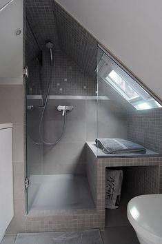 Le grenier: 12 idées déco | Les idées de ma maison Photo: ©sylviecahen.com #deco #grenier #amenagement #inspiration #salledebain