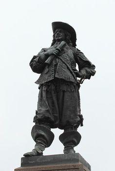 Pietari Brahen patsas Raahen Pekkatorilla - The statue of Per Brahe the Younger in Raahe - sculptor Walter Runeberg (1838-1920) - Photograph: Estormiz / Wikimedia commons