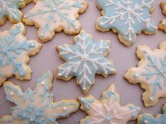 snowflake decorated cookies | Snowflake Cookie Decorating Ideas