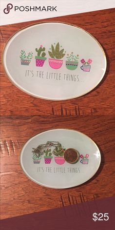 *SUNDAY SALE* Succulent/Cactus Trinket Dish New, never used. Perfect for all your little trinkets. A unique and fun item! Accessories
