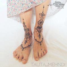 My works _ Talita_mehndi – foot tattoos for women quotes Henna Tattoo Designs, Tattoo Sleeve Designs, Tattoo Designs For Women, Tattoo Ideas, Foot Tattoos For Women, Girls With Sleeve Tattoos, Tattoos For Guys, Tattoo Women, Tattoo Girls