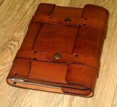 Ежедневник, А5 формата, сделан на заказ из натуральной кожи КРС. Возможен заказ аналогичной или другой модели.