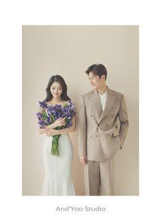 Korean Wedding Photography, Wedding Couple Poses Photography, Bridal Photography, Pre Wedding Poses, Pre Wedding Photoshoot, Indian Wedding Couple, Wedding Couples, Marriage Poses, Korean Photoshoot
