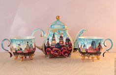 Купить или заказать Сервиз чайный 'Рига' в интернет-магазине на Ярмарке Мастеров. Сервиз 'Рига' состоит из заварочного…