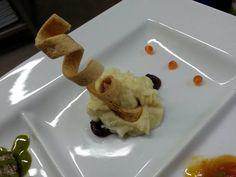 BACCALA': RICETTE VARIE - Carbonaro dell'Alaska mantecato con Patata Bellina aspromontana su Cipolla Rossa di Tropea in riduzione balsamica