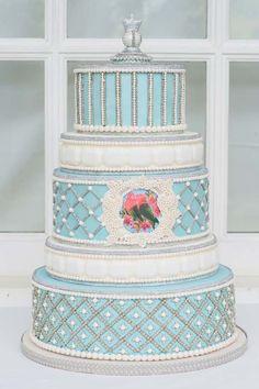 Cake by We Bake in Heels in Toronto featured in Weddingbells
