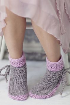 Nordic Yarns and Design since 1928 Knitted Booties, Knitted Bags, Knitted Blankets, Baby Booties, Wool Socks, Knitting Socks, Baby Knitting, Knitting Machine, Crochet Woman