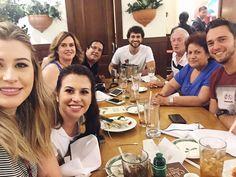 "Jantar de ""Natal"" com minha família no @olivegardenbrasil antes de embarcar!"