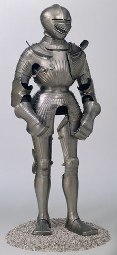 armorporn:  Maximilian Armour This style of armour was produced in the arms-manufacturing towns of southern Germany in the first few decades of the 16th century. It is often referred to as 'Maximilian' due to the fact that early armour collectors believed that the Holy Roman Emperor Maximilian I had personally invented the style. Although this is unlikely, it is known that the emperor took a keen interest in armour production. Not only did he patronise some of the finest armourers in Europe…