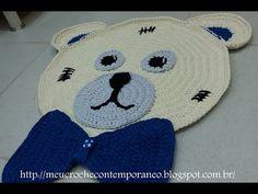 CROCHÊ COM FIO DE MALHA Tapetes Infantis Urso Zequinha e Ursa Sofia, parte 4 GRAVATA DO URSO ZEQ - YouTube Crochet Bear, Crochet Toys, Crochet Animals, Crochet Stitches, Crochet Patterns, Bear Rug, Crochet Carpet, Amigurumi Doll, Diy And Crafts