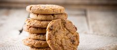 Hoy en#TuBiotienda, te mostramos diferentes tipos de#galletas#bio, sus#propiedadesy sus #beneficios al incluirlas en tu#dieta.  Sigue este y otros artículos en el blog de TuBiotienda. http://tubiotienda.com/blog/