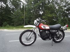 And then there's this little guy! My 1975 Yamaha Enduro 250 DT.