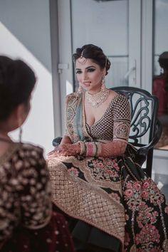 types of muslim wedding dresses Indian Bridal Outfits, Indian Bridal Hairstyles, Indian Bridal Fashion, Indian Bridal Makeup, Indian Bridal Wear, Indian Dresses, Wedding Makeup, Indian Wear, Wedding Lehnga