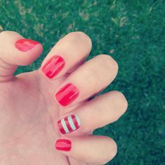 Nautical summer nails by Angelina Banar
