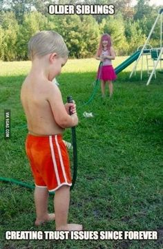 Funny Kids Memes Humor Brother New Ideas Haha Funny, Funny Cute, Funny Jokes, Hilarious, Memes Humor, Funny Stuff, Growing Up With Siblings, Older Siblings, Hilarious Pictures