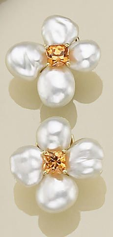 A pair of South Sea Keshi cultured pearl, mandarin garnet and eighteen karat gold earrings, Donna Vock Pearl Jewelry, Jewelery, Silver Jewelry, Fine Jewelry, Jewelry Gifts, Jewelry Accessories, Jewelry Design, Silver Claddagh Ring, Pearl And Lace