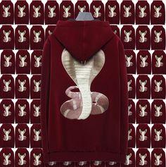 Velvet cobra Hoodie! Givenchy - €1700