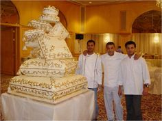 Bet you have never seen a cake like this before!    Picture: http://blog.theukweddingshows.co.uk