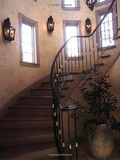 Amazon.com: Villa Decor: Decidedly French and Italian Style: Betty Lou Phillips, Dan Piassick: Books