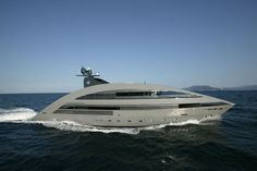 YachtPlus' первая Норман Фостер спроектировал суперяхты океан изумрудно - Длина 24м-40м - SuperyachtTimes.com