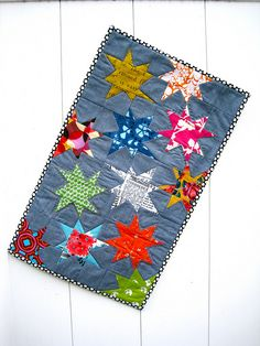 just love it all - hand quilting, binding, colors!