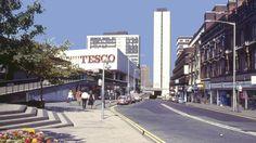22 retro pictures of Birmingham in the Retro Pictures, Old Pictures, England And Scotland, England Uk, Birmingham City Centre, Birmingham England, City Painting, 2nd City