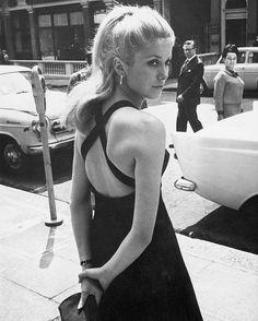 Minimal Monday Dream Dress  image: Catherine Deneuve, 1960s
