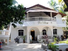 Get a True Taste of Goan Life at these 10 Glorious Goa Homestays: The Village Guesthouse Hidden Places, Small Places, Goa Travel, Travel List, Goa India, Cottage Exterior, Spanish Style Homes, Box Houses, Colonial Architecture