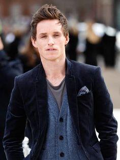 eddie redmayne played Marius in the new Les Mis (: