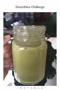 Smoothie creamy and sour avocado  1/2 avocado 1 cup brocoli 1/2 lemon 1/2 pineapple A wee pink salt himalayan Water