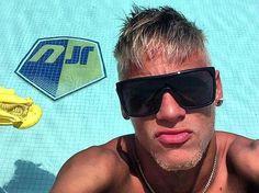 Neymar vira capa de revista norte-americana, veja