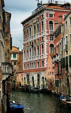VENEZIA (Veneto)- Italy - by Guido Tosatto