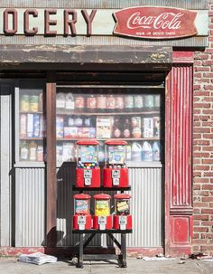 scale miniature of New York Grocery by Randy Hage. Sea Sculpture, Sculptures, Urban Poetry, Climate Change Effects, Miniature Furniture, Tiny Furniture, Miniature Rooms, Miniature Houses, Gumball Machine