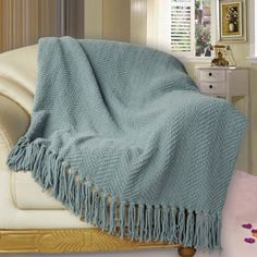 27 Best Woven Knitted Blanket Throws