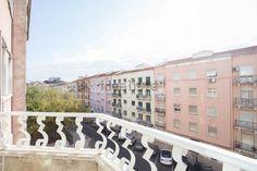 Imagem Terraço de apartamento t2 em Penha de França Stairs, Home Decor, Home, Stairway, Decoration Home, Staircases, Room Decor, Ladders, Interior Decorating