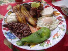 Desayuno at Honduras Maya Honduras, Food Presentation, Have Time, Maya, Steak, Rice, Breakfast, Recipes, Traditional