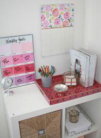 Burlap & Lace: $4 DIY Pantone Paint Chip Memo Board