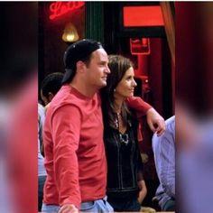 Friends Best Moments, Friends Tv Show, Monica And Chandler, Chandler Bing, The Best Series Ever, Best Tv Shows, Cougar Town, Ross And Rachel, Ross Geller