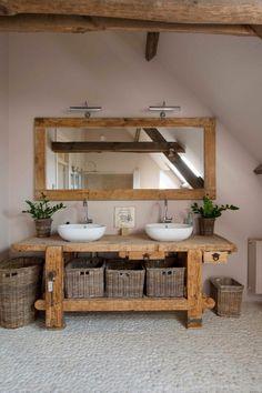 Holz Badezimmer Waschbecken Flusssteine, Wood bathroom sink river stones, – – This image. Rustic Bathroom Vanities, Boho Bathroom, Rustic Bathrooms, Diy Bathroom Decor, Bathroom Furniture, Bathroom Interior, Small Bathroom, Rustic Vanity, Bathroom Ideas
