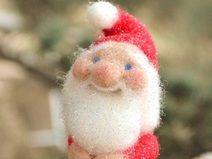 petit père Noël peluche
