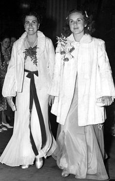 Deanna Durbin and her mother, Ada, arrive at the premiere of One ...