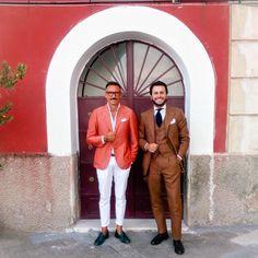 thebespokedudes: Neapolitan Encounterings #thebespokedudes & @gentlemen_wear_daily at @sartoria_dalcuore #wedding (presso Margellina)