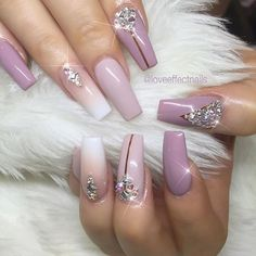 Need some nail design inspiration for your nails? browse these beautiful trendy nail designs that are hot right now! Glam Nails, Fancy Nails, Bling Nails, Love Nails, Beauty Nails, My Nails, Fabulous Nails, Gorgeous Nails, Pretty Nails