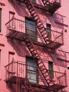 new york city aesthetic - york aesthetic england . new york aesthetic . new york city aesthetic . new york aesthetic night . new york aesthetic city apartments . new york aesthetic girl . new york apartment aesthetic Manhattan New York, New York Soho, Building Aesthetic, City Aesthetic, Aesthetic Vintage, Aesthetic Girl, Urban Aesthetic, Aesthetic Collage, Bedroom Decor