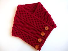 Anleitung: Loopkragen mit keltischem Zopfmuster stricken You are in the right place about babyschuhe Knitted Headband, Headband Hairstyles, Celtic, Knitting Patterns, Crochet, Blog, Accessories, Scarf Ideas, Scarfs