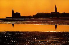 #sunset in #Caorle, #Italy Seaside Beach, Verona, Beautiful Beaches, Madonna, Bella, Venice, Travelling, Cities, Sunrise