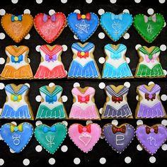 #ShareIG #セーラー戦士#アイシングクッキー #icingcookie #ヴィーナス#マーズ#セーラームーン #マーキュリー#ジュピター#ウラヌス#ネプチューン#ちびムーン#プルート#サターン#コスプレ#コスプレクッキー#ハロウィン#Halloween#月に代わっておしおきよ#スイーツ馬鹿もぇ Sailor Moon Cakes, Sailor Moon Party, Moon Food, Kids Birthday Themes, Sailor Moon Character, Galletas Cookies, Cake & Co, Cookie Icing, Cookie Designs