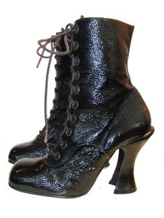 Vintage Granny Boots Luichiny Womens Wet Look par Atomicfireball