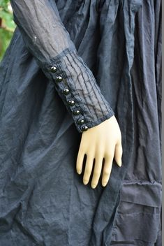 Ewa i Walla Kleid / Dress 55529 - black Kurti Sleeves Design, Sleeves Designs For Dresses, Sleeve Designs, Formal Coat, Period Costumes, Barbie Dress, Maxi Dress With Sleeves, Mehndi, Classic Style